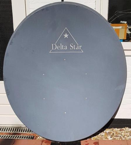 DeltaStar Gregorian 120 cm schotel incl.Invacom lnb.