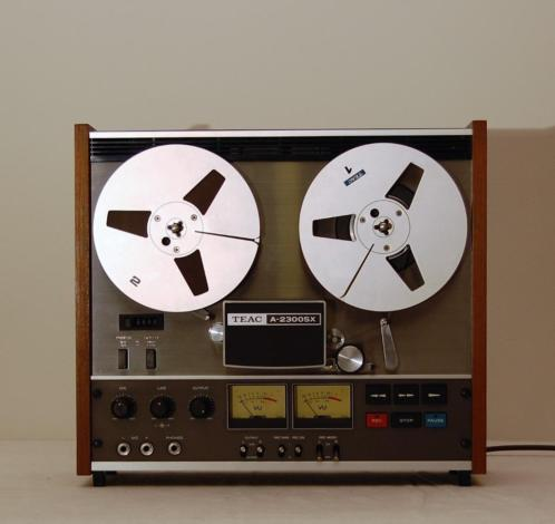 Teac A-2300 SX Bandrecorder.