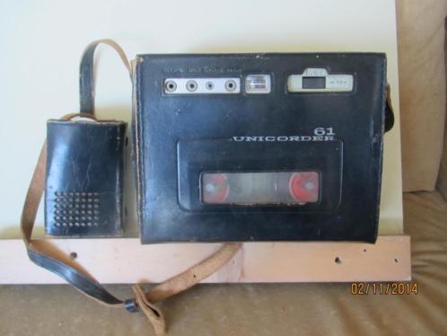 Japanse vintage draagbare Unirecorder 61 Standard, reparatie