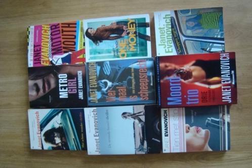 Janet Evanovich 9 boeken (1 boek zit 3 boeken)