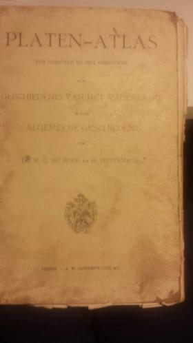 Oude platen atlas vaderland en algemene geschiedenis1910