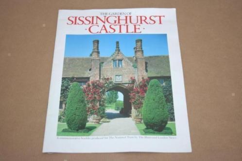 The Garden of Sissinghurst Castle !!