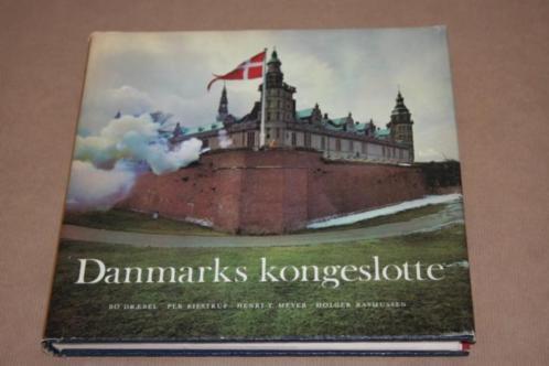 Prachtig boek over koninklijke paleizen in Denemarken !!