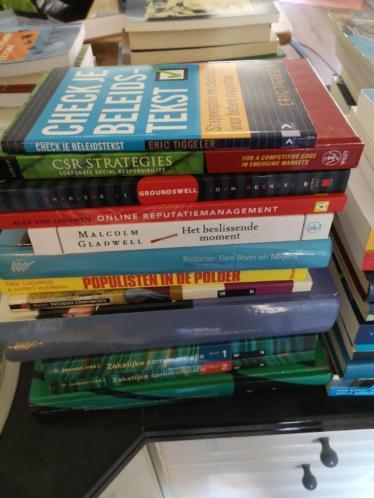 Studieboeken Marketing Communicatie HBO / WO