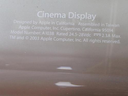 Apple Cinema 20 inch display, breedbeeld. A1038