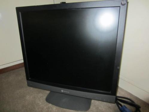 A46: Neovo F-417. LCD 17 inch beeldscherm. Pixels 1280x10