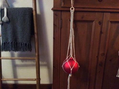 Kerstbal in een hanger