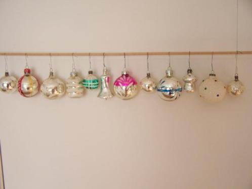Oude kerstballen van glas