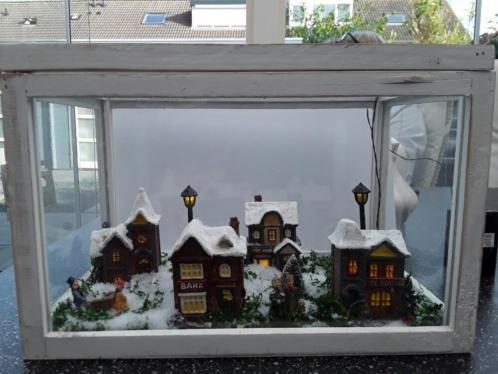 Kersttafreel in glazen kistje