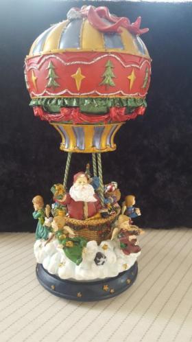 Hete draaiende luchtballon met verschillende kleuren(kerst)
