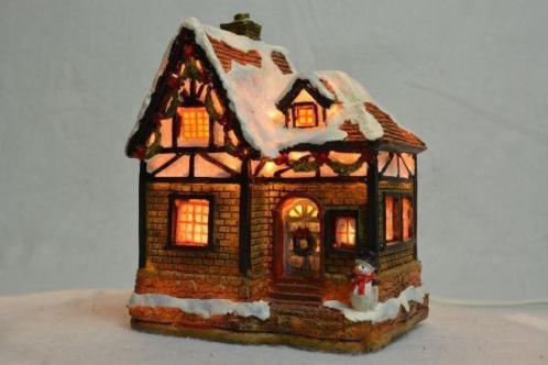 X-Mas Collection Kerstdorp Huisje met een Sneeuwpop