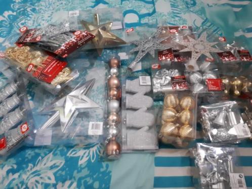 Te koop nieuwe kerstspullen meer dan 100 pakketjes