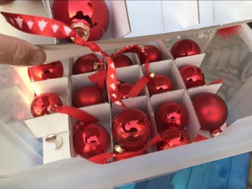 Diverse kerstballen e.d.