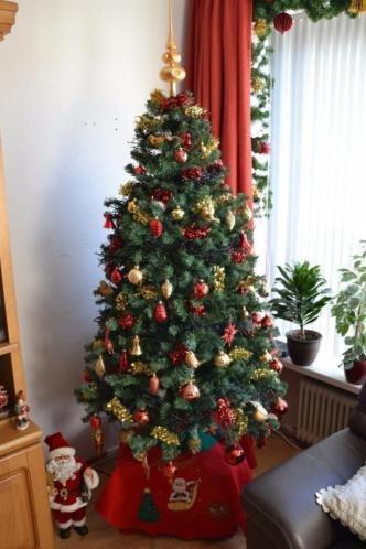 Te koop mooie kunst kerstboom 4 mooie kerstmannen