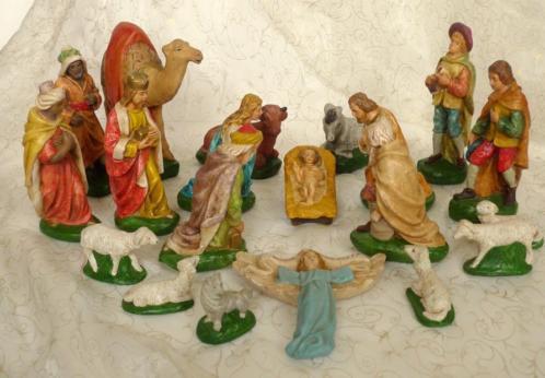 Oude gipsen kerstgroep voor retro Kerststal / Vintage
