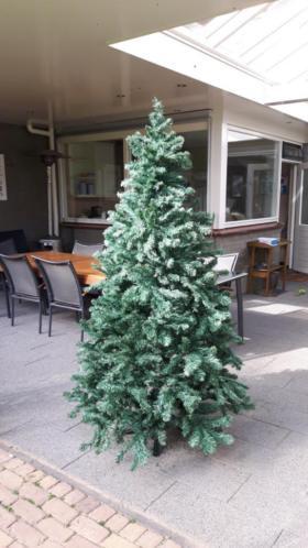 Kerstboom (kunstboom)