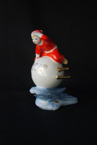Wie heeft Rudolf nodig ! Vintage CCCP kerstman op satelliet