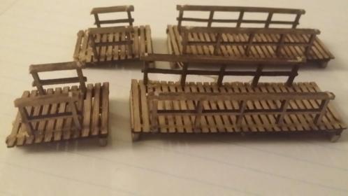 2 Kerstdorp of Modelbouw Loopbruggen.