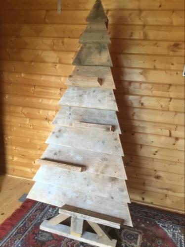 Houten kerstboom van steigerhout 170 hoog, zeer degelijk