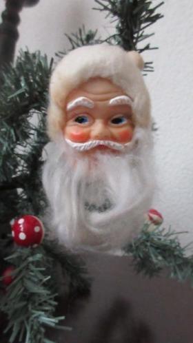 Mooi klein oud Kerstman hoofdje