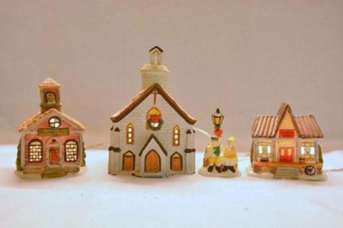 Kerstdorp 2 Huisjes met een Kerk