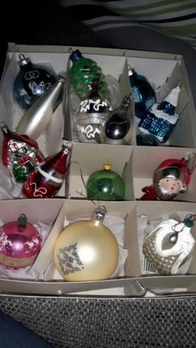 50 vintage kerstballen gekleurd