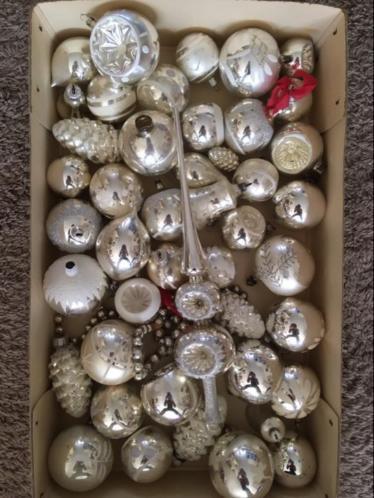 Oude kerstballen