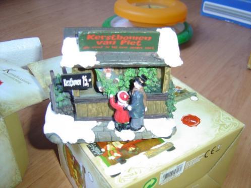 3 kersthuisjes met verlichting
