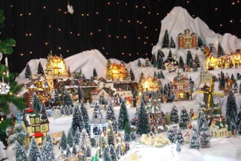 mooi groot kerstdorp