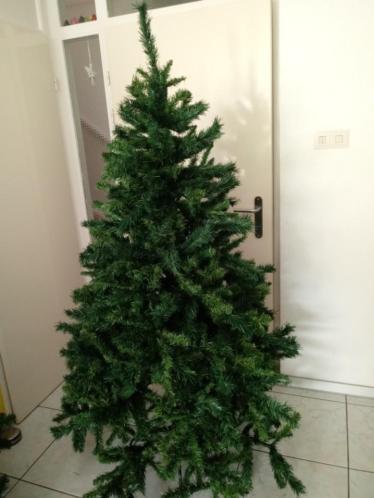 Leuke kerstboom 180cm