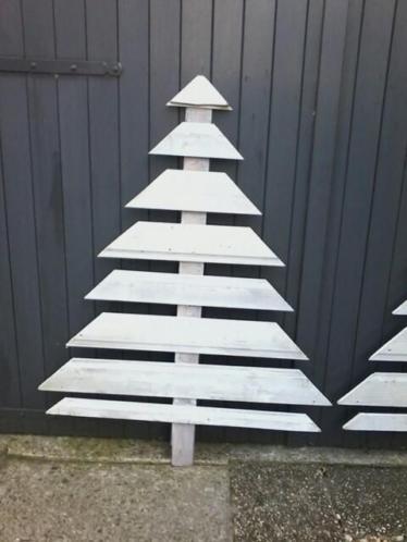 Houten kerstboom.