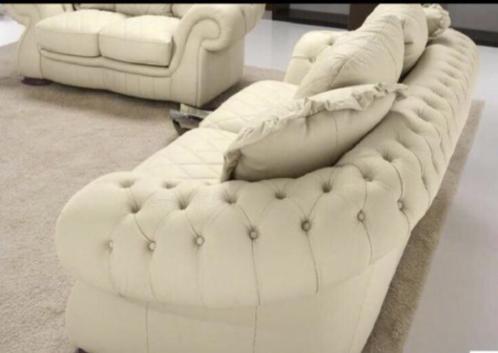 4x gratis stoelen bij aankoop bankstel 3+2 voor maar 995!!!!
