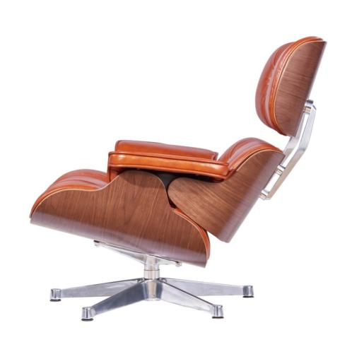 Eames Lounge Chair Cognac Leer, Walnoot Hout & Alu Draaivoet