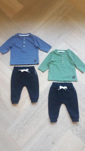 2 Setjes Babykleding maat 50 (tweeling)