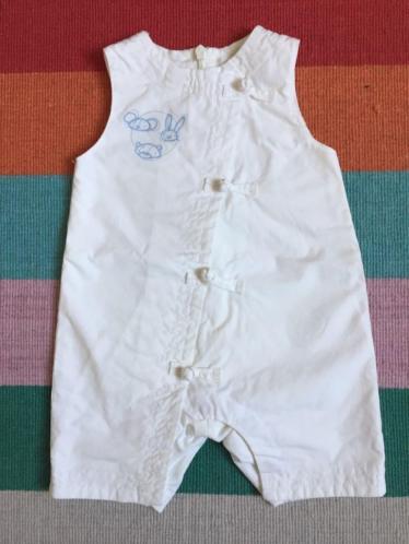 Wit babypakje met klein lichtblauw printje - Maat 50