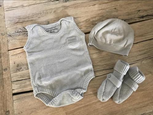 Babys only setje grijs gebreid, romper, mutsje en slofjes