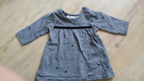 H&M jurkje maat 50 grijs met sterren