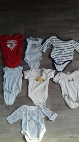 Pakket genderneutrale kleren maat 50/56