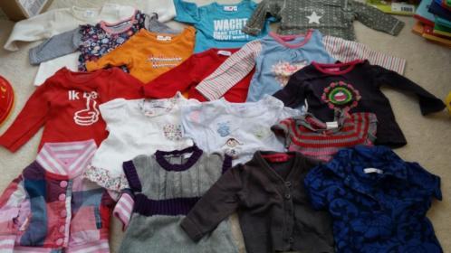 Babykleding meisje, truitjes en jurkjes maat 50-56, totaal 1