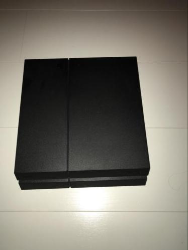 PlayStation 4 500GB met controller zo goed als nieuw