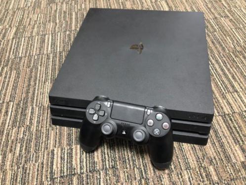 playstation4 pro 1TB met controller gebruikt