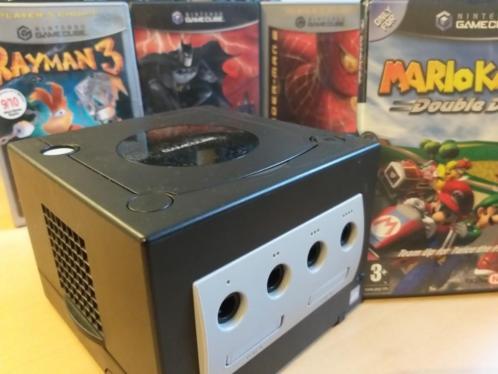 Gamecube met 7 games en 2 controllers