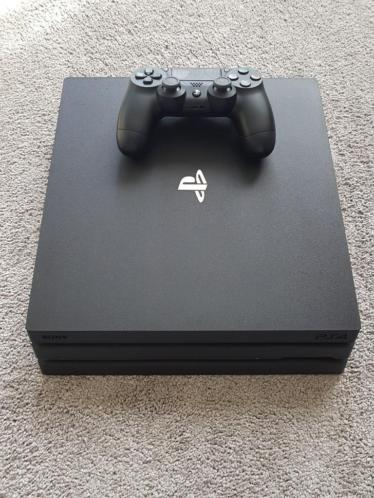 PS4 Pro + 3 Games