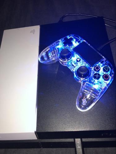 Playstation 4 te koop +games en controller