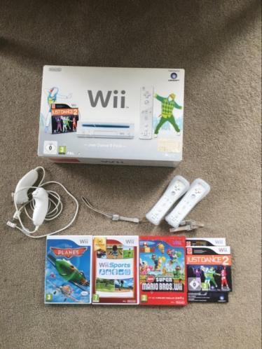 Wii spelcomputer met toebehoren en spellen