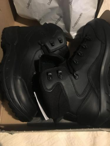 Lowa schoenen maat 42 *nieuw*