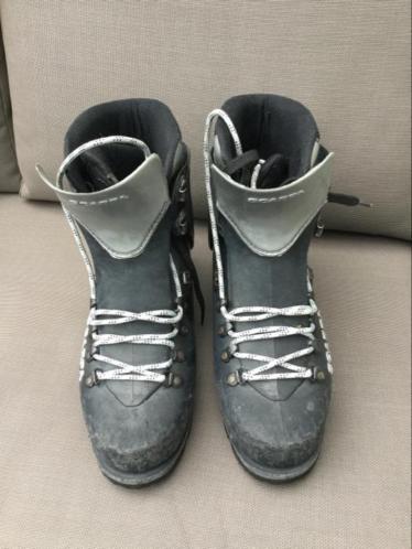 Bergschoenen / IJsklimschoenen Scarpa maat 42